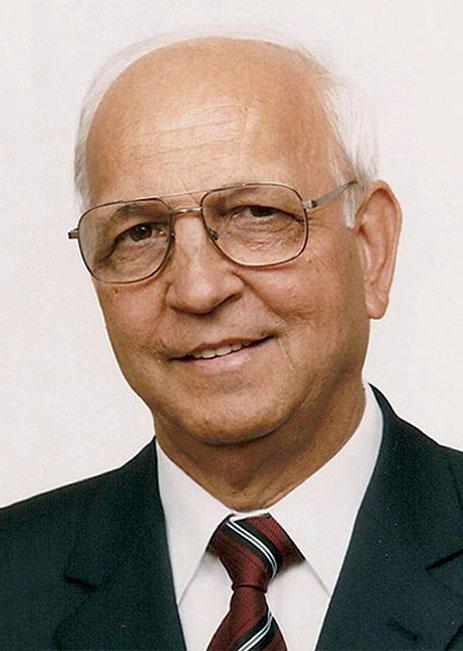 Dr. Dudás Illés